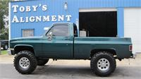 Chad R.'s 1985 Chevrolet truck with 38'' Super Swamper TSL